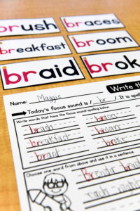 Example of word cards and a completed student worksheet.