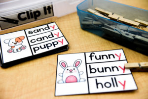 Materials for the Clip It phonics game