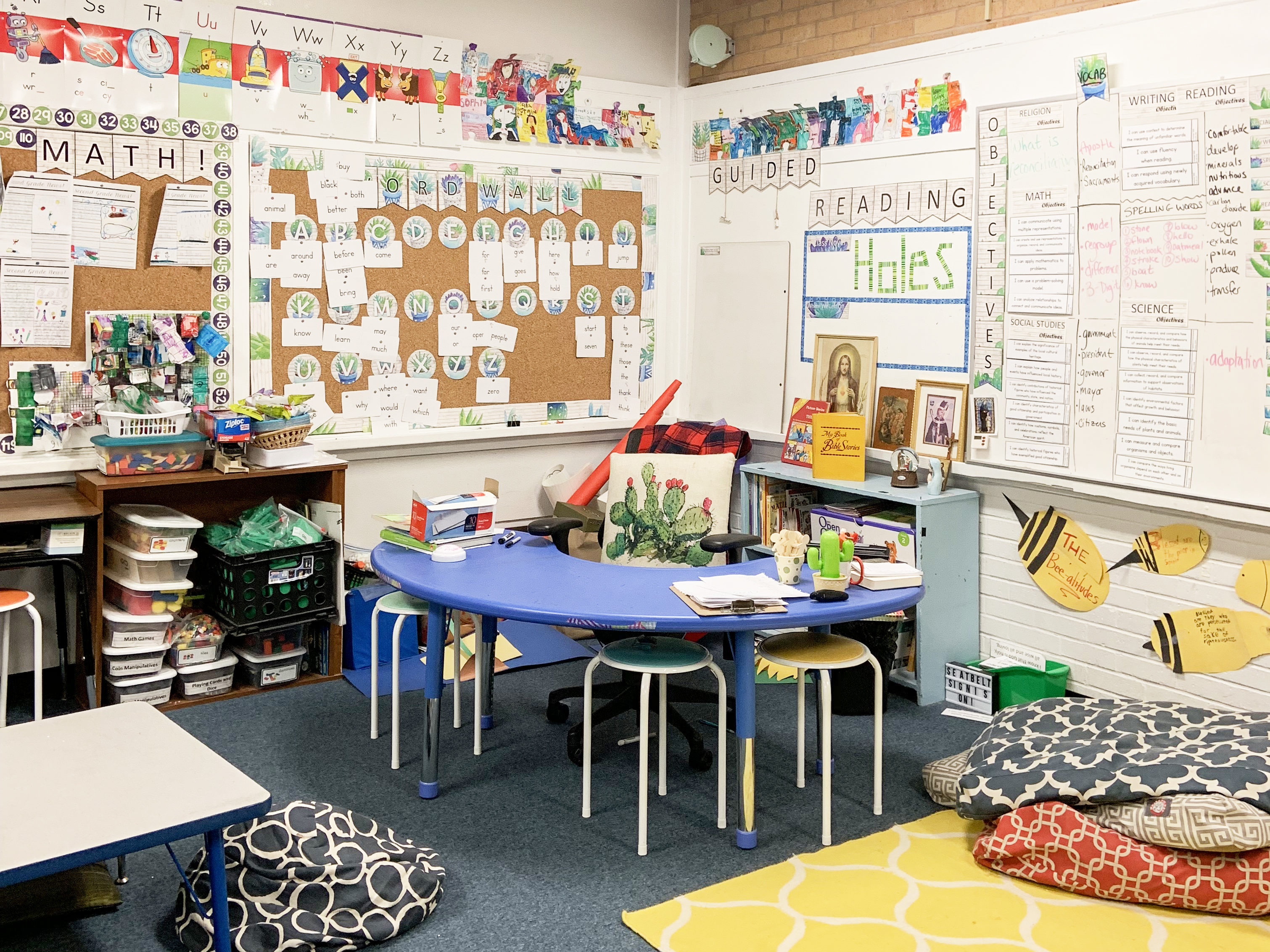 A view of Hannah Burkhauser's 2nd grade classroom.